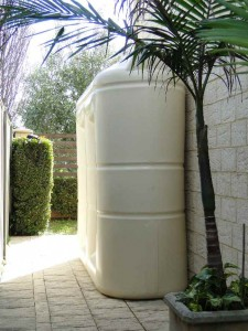 West Coast Poly 3000L rainwater tank