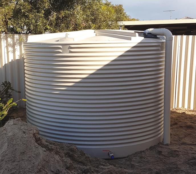 9500L round poly tank Coerco Rapid Plastics RT9500