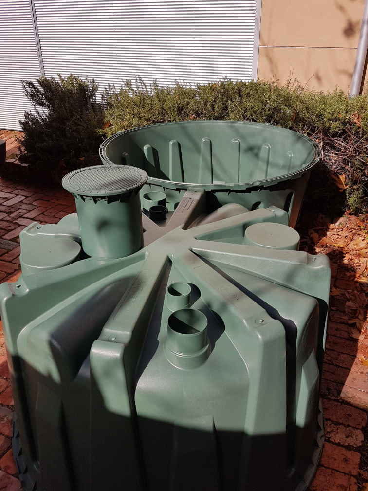 Herkules 2-piece rainwater tank