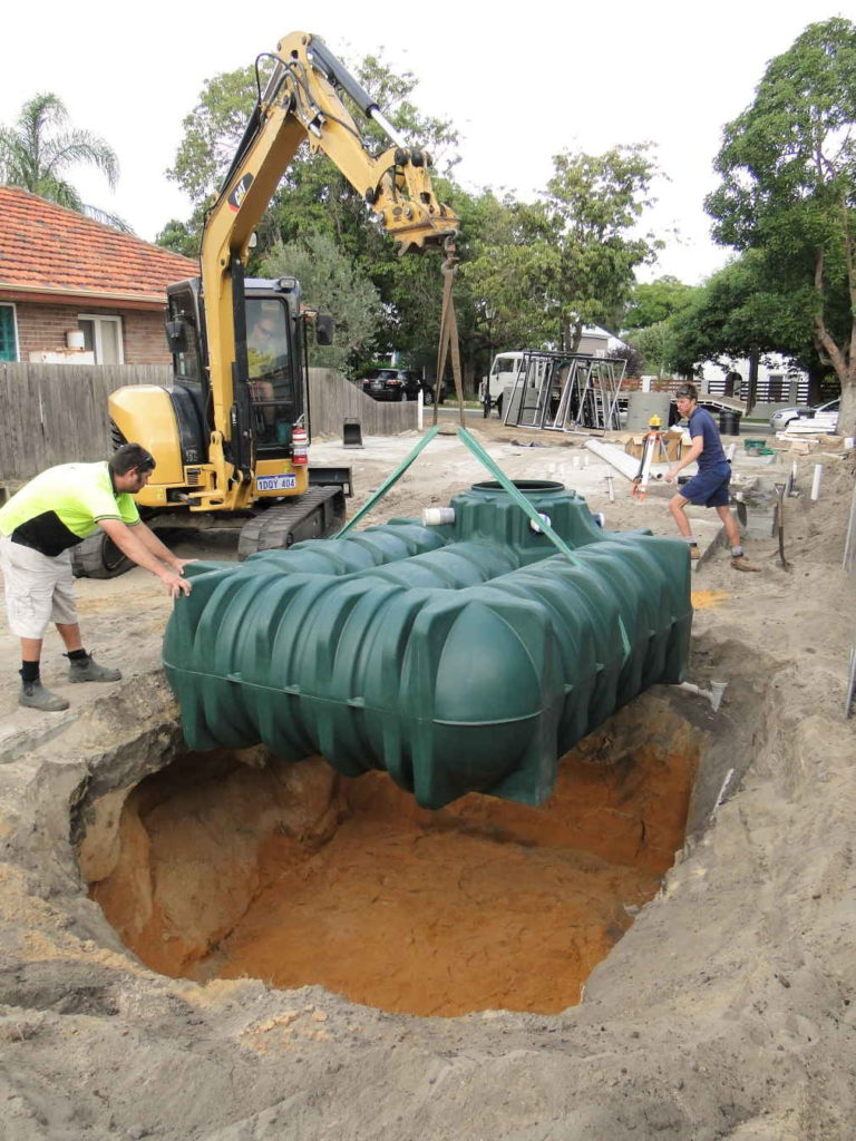 Positioning a 5000L underground water tank